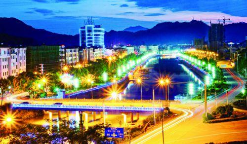 泸溪河畔夜景