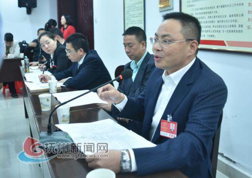 市人大代表吕新民:为外向型企业提供相关物流配套