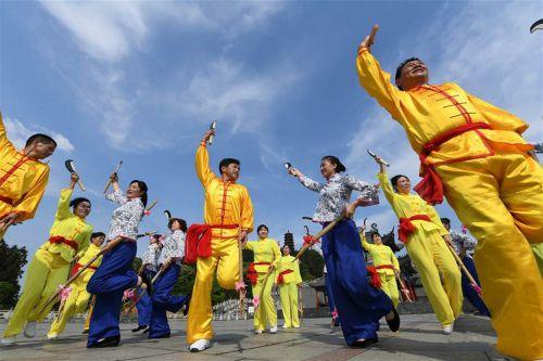 国家级非物质文化遗产——禾杠舞