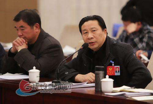 政协委员陈德勋:保证道路交通安全设施的正常使用