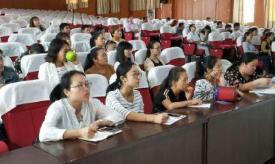 金溪二中举办青年教师名师优课校本培训活动