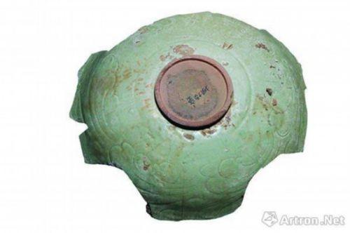 图5 松溪窑珠光青瓷,双面皆主题纹饰