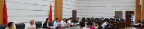 市委常委班子召开对照党章党规找差距专题会议